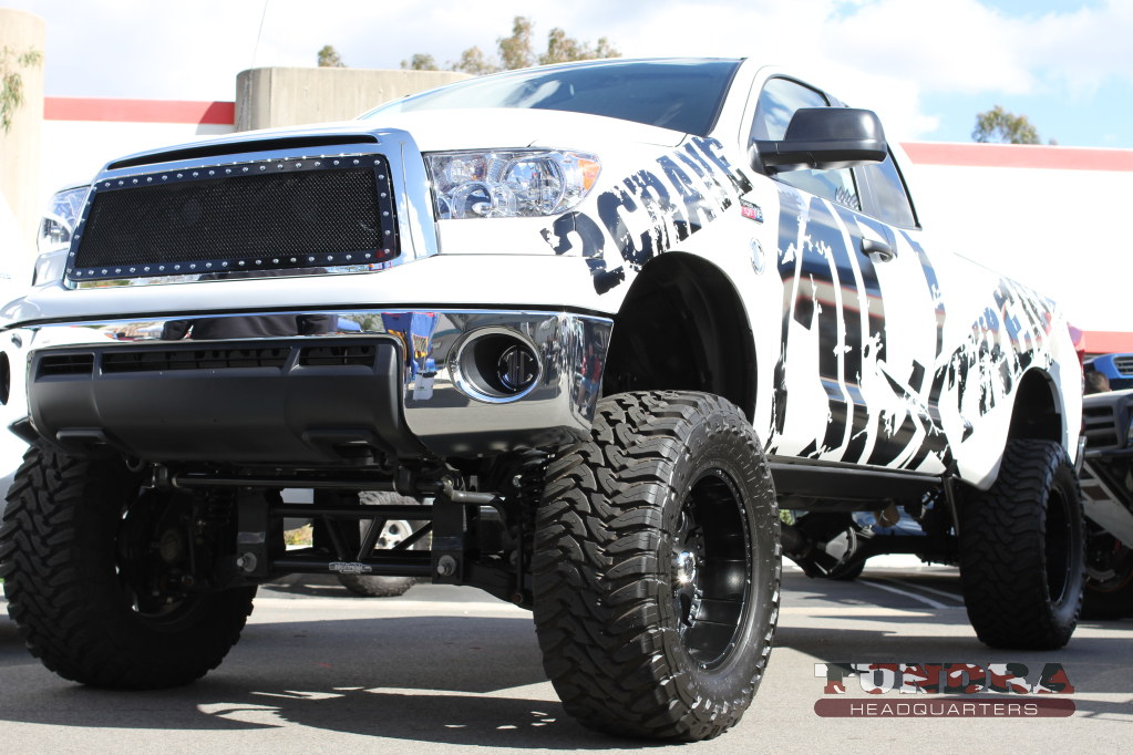 2Crave Lifted Tundra
