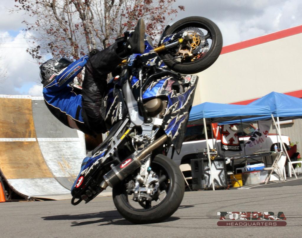 Ridiculous sportbike wheelie