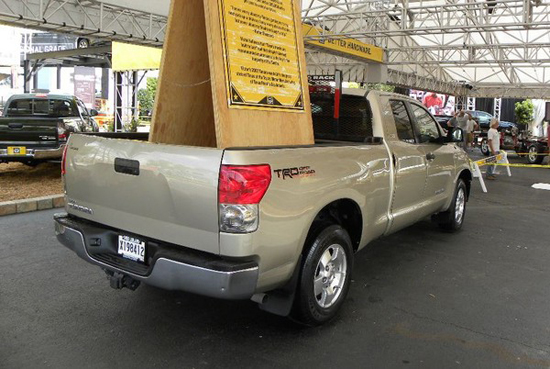 2007 Toyota Tundra with 666,803 miles - rear quarter