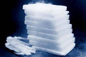 Dry Ice for Automotive Factory Cleaning