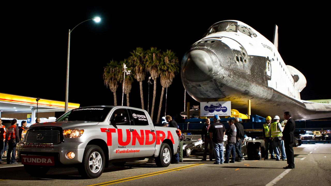 Tundra Pulls 150k Pound Space Shuttle Tundra Headquarters Blog