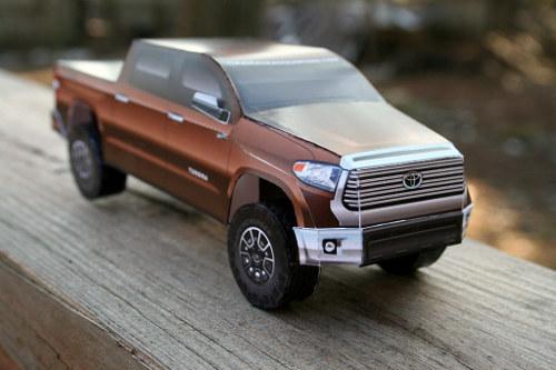 2014 Tundra Paper Model