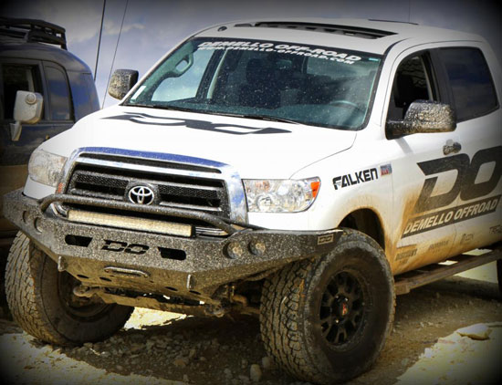 DeMello Off-Road 2013 Toyota Tundra - Dirt