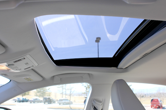 2014 Lexus IS 350 Review - Sunroof