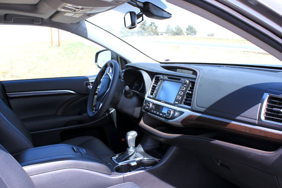 2014 Toyota Highlander Limited Review - Interior Front
