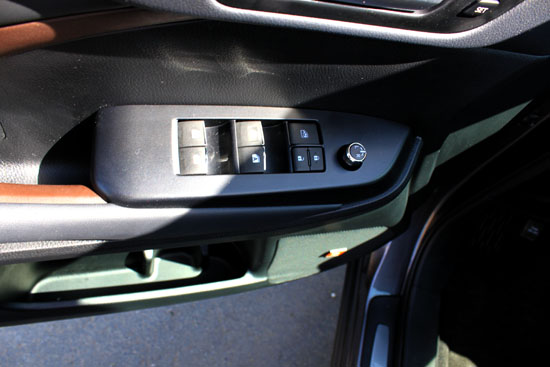 2014 Toyota Highlander Limited Review - Window Controls