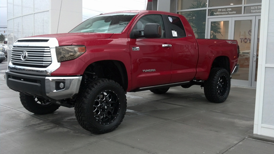 14 Tundra limited red