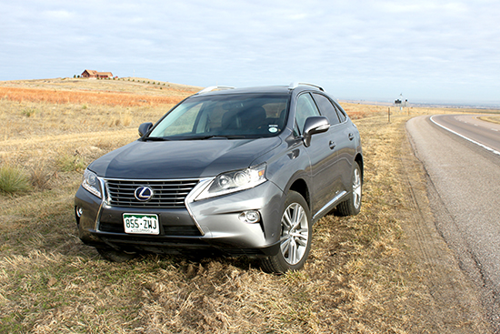 2015 Lexus RX 450h AWD – Luxurious SUV with Great Fuel Economy