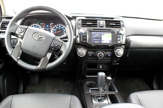 2015 Toyota 4Runner Trail Premium Review - Dash