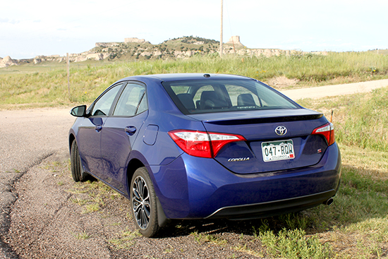 2015 Toyota Corolla Attracts New Generation of Buyers