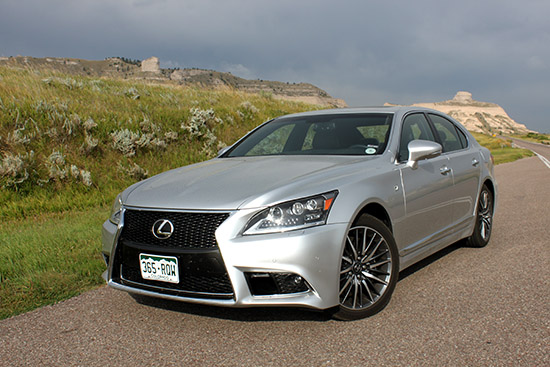 2015 Lexus LS460 Quietly Continues Setting Luxury Standard