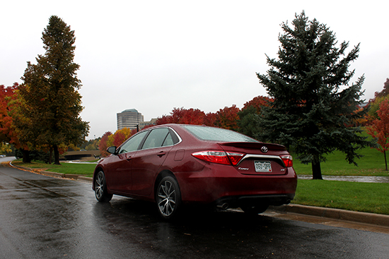 2015 Toyota Camry XSE Review - Sporty Styling, Improved Performance