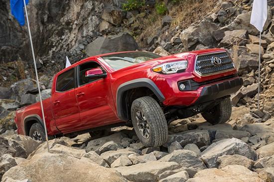 Toyota-Tacoma-TRD-Off-Road-103-2