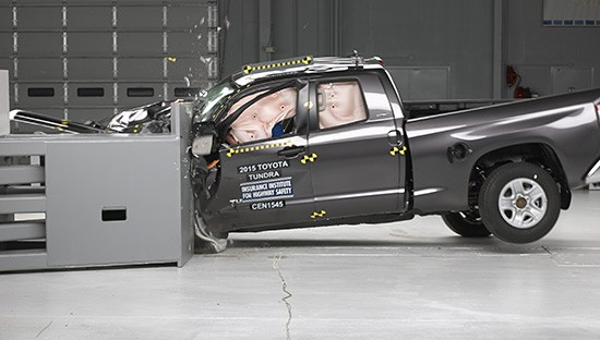 Toyota Tundra CrewMax/Double Cab Get So-So IIHS Crash Test Ratings