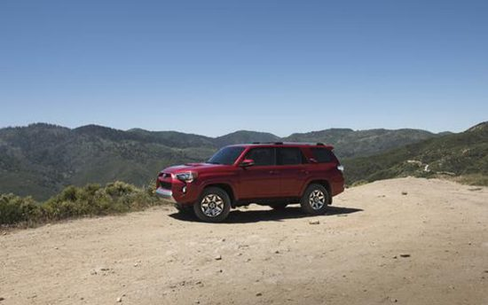 2017 Toyota 4Runner Adds New Off-Road Trims, Drops Trail
