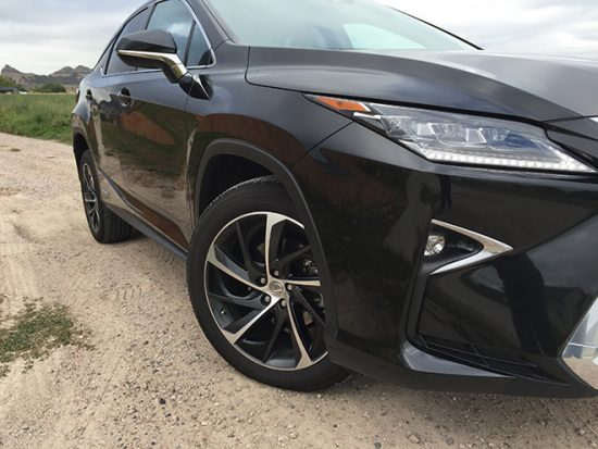 Review: 2016 Lexus RX 450h - Smooth, Refined Luxury SUV